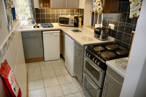 The Kitchen At Tigh Charrann Is Well Equipped With The Usual Kitchen  Appliances.
